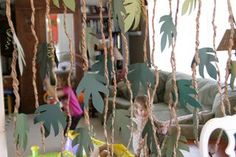 DIY vines, great decoration for a dinosaur, jungle, safari, or Where The Wild Things Are party Deco Jungle, Jungle Party, Safari Party, Safari Theme, Jungle Theme, Jungle Safari, Forest Party, Jungle Room, Rainforest Classroom