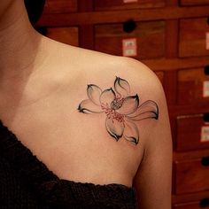 "208 Likes, 12 Comments - newtattoo陈洁 (@newtattoo) on Instagram: ""@tattoosnob @attooistartmag @tattrx #tattooistartmag #tattoo #tattoos #tattooed #tattooist…"""