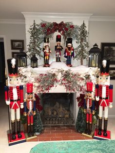 Fantastic Cost-Free wooden Fireplace Mantels Tips A wooden mantel complements fireplaces with a conventional decor. Fireplace mantel ought to be foun Nutcracker Christmas Decorations, Gingerbread Christmas Decor, Whimsical Christmas, Xmas Decorations, Christmas Themes, Christmas Holidays, Christmas Crafts, German Christmas, Silver Christmas