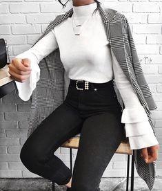 52 Gorgeous Winter Outfits Ideas for Women - Herren- und Damenmode - Kleidung Mode Outfits, Trendy Outfits, Fashion Outfits, Womens Fashion, Fashion Trends, Fashion Clothes, Trending Fashion, Ladies Fashion, Fashion Ideas