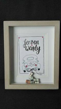 Leuk idee voor een geldcadeau voor een bruidspaar / moneygift just wedded couple Door Esmeralda Bodemeijer Diy Wedding, Wedding Gifts, Wedding Painting, Just Married, Wedding Inspiration, Diy Crafts, Doodles, Tips, Presents