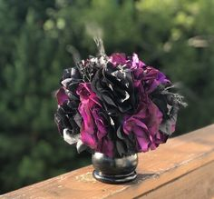 Get Unique Wedding Flower Centerpieces On A Budget That Look Professional And Beautiful - Pretty Bride Now Wedding Table Centerpieces, Floral Centerpieces, Centerpiece Ideas, Wedding Reception Planning, Wedding Favors, Flower Decorations, Wedding Decorations, Wedding Themes, Floral Wedding