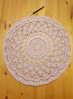 Die 293 Besten Bilder Von Kreisjacken Crochet Tops Knit Crochet