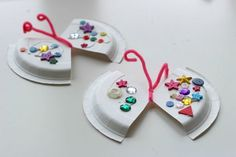 Adorable butterfly craft for kids (and the paper plate crafts on this site are super cute too!)
