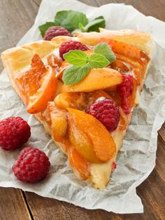 Vanilla cream cheese fruit Tart
