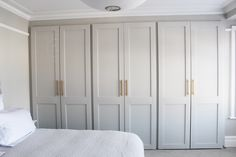 Bedroom wardrobe - 52 Trendy Bath Room Organization Ideas His And Hers bath Bedroom Built In Wardrobe, Bedroom Built Ins, Bedroom Closet Doors, Bedroom Cupboards, Wardrobe Doors, Home Bedroom, Bedroom Decor, Bed In Closet, Wardrobe Closet