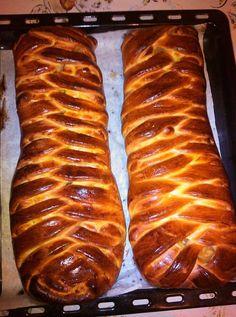 Egyszerű Gyors Receptek » Blog Finom Kígyórétes, a siker garantált | Egyszerű Gyors Receptek Croatian Recipes, Sausage, Bakery, Sweets, Meat, Food, Cooking, Gummi Candy, Sausages