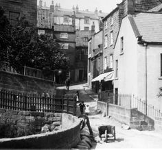 Robin Hoods Bay Yorkshire 22 x 22 inch Canvas Print incl delivery Old Pictures, Old Photos, Robin Hoods Bay, Wars Of The Roses, Northern England, Old Street, Sunderland, North Yorkshire, Lantern