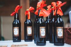 Wedding favor idea - bottles of wine {Hannah Wahl Photography}