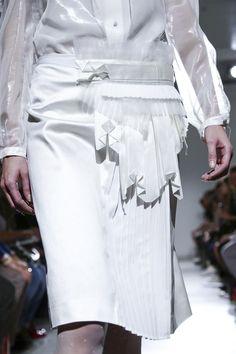 Sheer panels, pleats & origami accents; all white fashion details // Veronique Branquinho S/S 2015