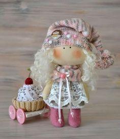 Tot minúsculo muñeca Tilly-hecho a por BroderieLittleCorner en Etsy