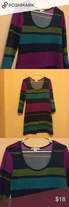 Sweater Dress Beautiful colors. Magenta, Navy, Teal. No pilling. EEUC. Perfect for fall and winter! I think the magenta is on the pink side not the purple side. The pics show the true colors pretty well. I love offers! I almost always accept! Derek Heart Dresses