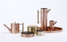 Kaikado is a family run firm its sixth generation and specialises in handmade chazutzu canisters (airtight tea caddies).
