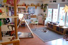 Acorn School. For more inspiring classrooms visit: http://pinterest.com/kinderooacademy/provocations-inspiring-classrooms/ ≈ ≈