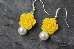 Yellow earrings, Yellow wedding earrings, yellow bridesmaid earrings, bridesmaid gift, garden wedding, yellow rose earrings, Made in Canada by BijouxKarmaJewelry on Etsy