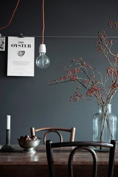 Wall color, wood tones, simple vase with branches and candlestick. Inspiration for dining room makeover. Scandinavian Interior, Scandinavian Style, Swedish Style, Room Inspiration, Interior Inspiration, Design Inspiration, Dark Walls, Dark Interiors, Interiores Design