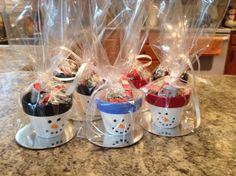 Weihnachtsbastelideen-2015-geschenk-schneemann-bemalte-tontoepfe