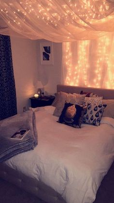 Room setup - Sabrina Heritage - up - Schlafzimmer - Bedroom Decor Dream Rooms, Dream Bedroom, Bedroom 2018, Cute Room Decor, Cheap Room Decor, Teen Room Decor, Bedroom Decor Ideas For Teen Girls, Bedroom Ideas For Women In Their 20s, Paris Room Decor