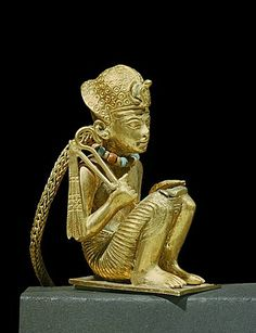 Tiny solid gold statuette of Amenophis III found in a small mummiform coffin in the tomb of the pharaoh Tutankhamun, discovered in the Valley of the Kings, Thebes, Egypt, North Africa, Africa