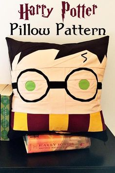 Cuddle up with an adorable handmade Harry Potter Pillow. You can whip it up in no time with this pattern. #ad #harrypotter #pillow #homedecor #pattern