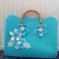 Lovely Be Felt Flower Bag! :-)