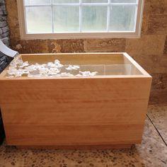 japanese soaking tub hinoki wood ofuro