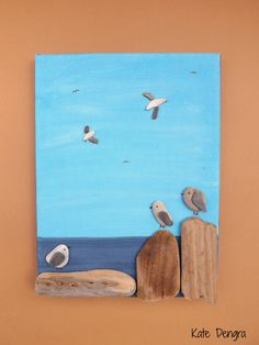 Another seagull picture by Kate Dengra, Spain. Made with driftwood, shell and pebbles