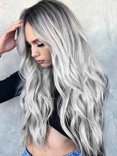 2018 Long Middle Part Wavy Colormix Synthetic #Wig In #Silver | Rosegal.com