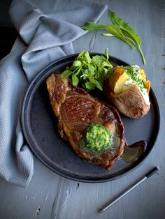 Have you found wild garlic growing wild near you? Why not pick some and try this easy recipe for wild garlic butter. Wild Garlic, Butter Recipe, Garlic Butter, Steak, Easy Meals, Platform, Recipes, Food, Butterbeer Recipe