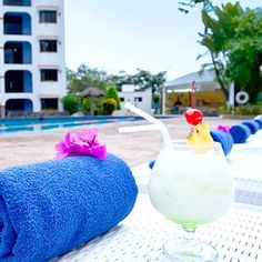Hotel Coral Cuernavaca Resort & Spa Temixco An outdoor swimming pool, tennis court and fitness center are some of the features of Hotel Coral Cuernavaca Resort & Spa. Complimentary Wi-Fi is offered to guests in the entire property.