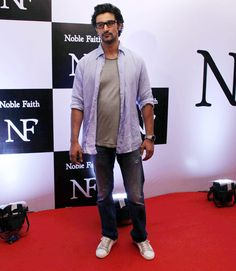 Kunal Kapoor wore sneakers to the red carpet at Ritesh Sidhwani's bash. Period. #Bollywood #Fashion #Style #Handsome