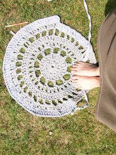Crochet rug by la Mel | Project | Crochet / Rugs | Kollabora