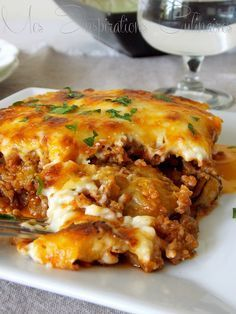 recette Moussaka Plus recipes chicken recipes crockpot recipes easy recipes for dinner recipes healthy food recipes Healthy Dinner Recipes, Cooking Recipes, Healthy Lunches, Greek Recipes, Food Inspiration, Good Food, Food And Drink, Meals, Sauce Béchamel