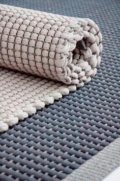 Duetto 4 di HANNA KORVELA | Architonic - cotton and grey paper yarn