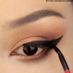 Fierce liner! @thecinemacoper #hudabeauty