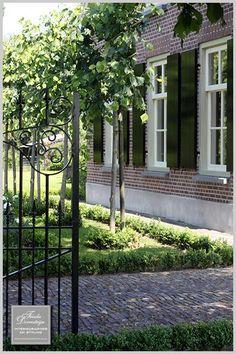 Authentieke boerderij met klassieke tuin: