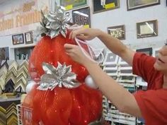 Crankin' Out Crafts -ep182 Tomato Cage Tree - YouTube