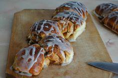 Paine cu scortisoara  #cinnamon #bread Cinnamon Bread, My Recipes, Appetizers, Sweets, Desserts, Tailgate Desserts, Deserts, Gummi Candy, Appetizer