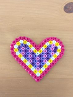Ein süßes Muttertagsgedicht- hier zum gratis Download Melting Beads, Heart Melting, Gratis Download, Beading Patterns, Pot Holders, Hama, Melted Beads, Poetry, Playing Games