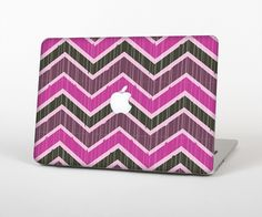 """The Scratched Vintage Chevron Surface Skin Set for the Apple MacBook Pro 15"""" with Retina Display from Design Skinz"""