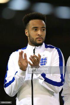 Nathan Redmond England Images et photos England Football, Football Team, Chef Jackets, Photos, Image, Cake Smash Pictures