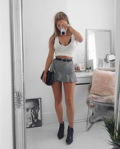 "2,331 mentions J'aime, 22 commentaires - Lydia Rose (@fashioninflux) sur Instagram : ""Today's skirt purchase - it was time for some more gingham in my life ❤️"""