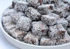 Prajitura Tavalita cu nuca de cocos reteta pas cu pas Sweet Recipes, Sweets, Sugar, Gummi Candy, Candy, Goodies, Treats, Deserts