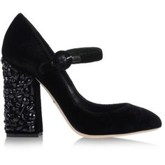 Dolce & Gabbana Closed Toe (2.330 RON) ❤ liked on Polyvore featuring shoes, black, black shoes, kohl shoes, buckle shoes, round cap and closed toe shoes