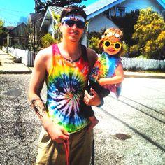 Hippie dad & daughter : )