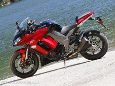 2011-Kawasaki-Ninja-1000 Kawasaki Motorcycles, Cars And Motorcycles, Ninja Bike, Bip Bip, Kawasaki Ninja, Motorcycle Bike, Sport Bikes, Cool Cats, Motorbikes