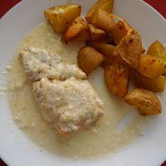 Zapekane kureci prsa a americke brambory recept: http://www.tradicnirecepty.cz/hlavni-chody/zapekane-kureci-prsa-a-americke-brambory/