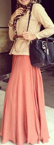 lace Peach #HIJABSTYLE. With a bigger scarf covering the chest, long arms to the wrists and with a brown bag instead the outfit would be much much better ofcourse! ;)