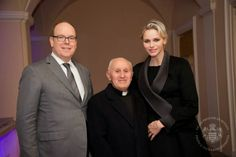 Prince Albert II and Princess Charlene attended a procession outside the Prince's Palace for the occasion of Good Friday. 04/03/2015