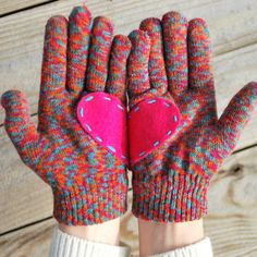 OH SO PRETTY the DIARIES: the DIY: HEART GLOVES